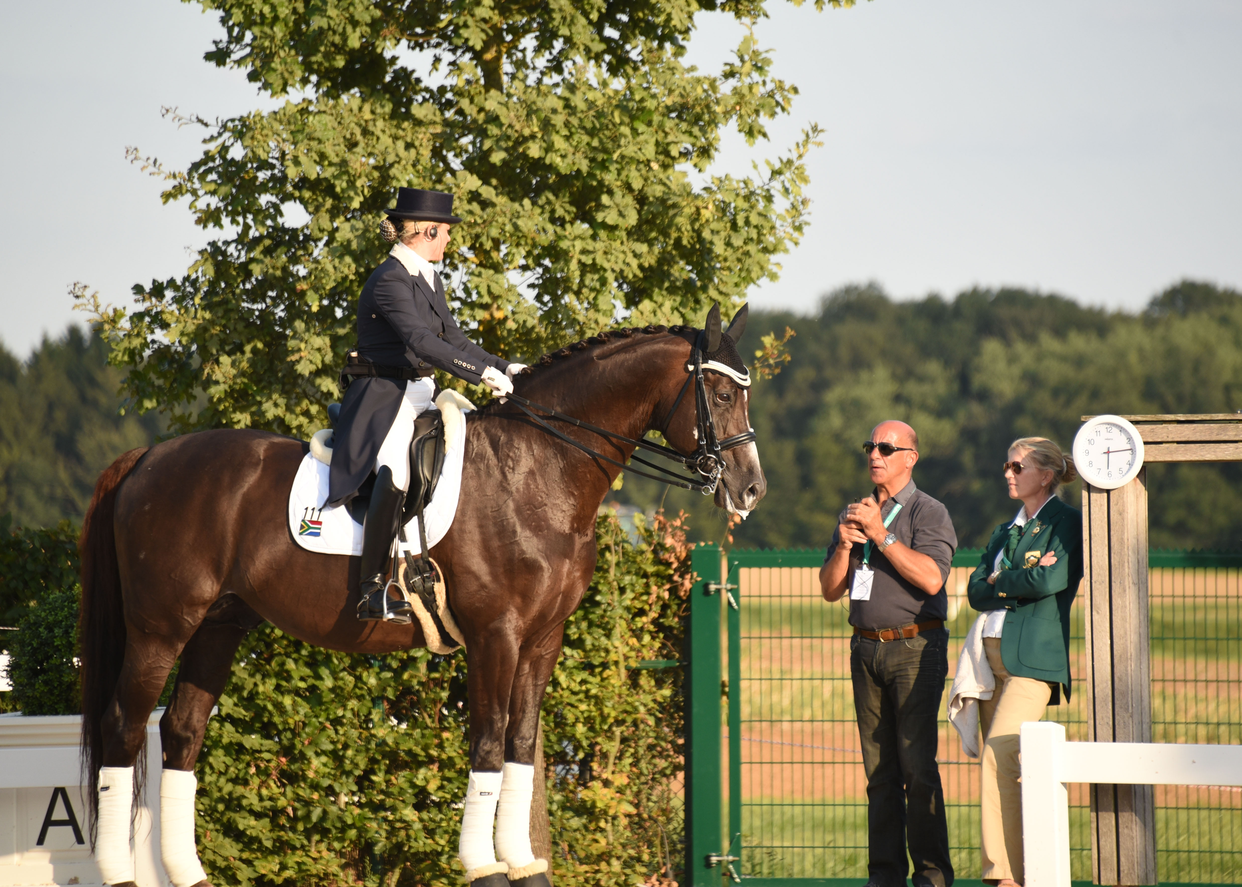 a valiant effort for south africa at perl borg e questrian tanya seymour trainer jonny hilberath and national coach natalie hobday